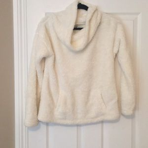 Fuzzy off-white lounge sweater